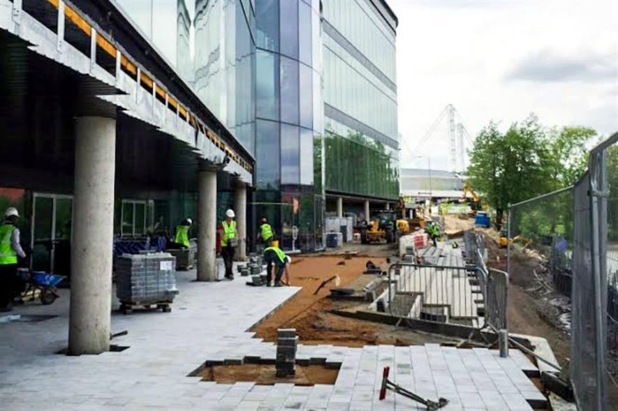 Leisure complex: construction