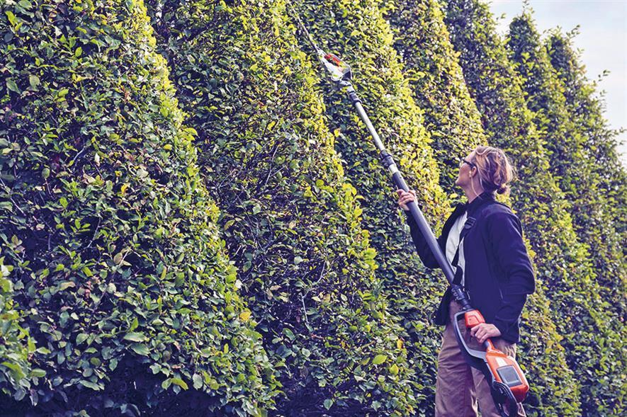 Husqvarna 520iHT4 pole trimmer - image: Husqvarna