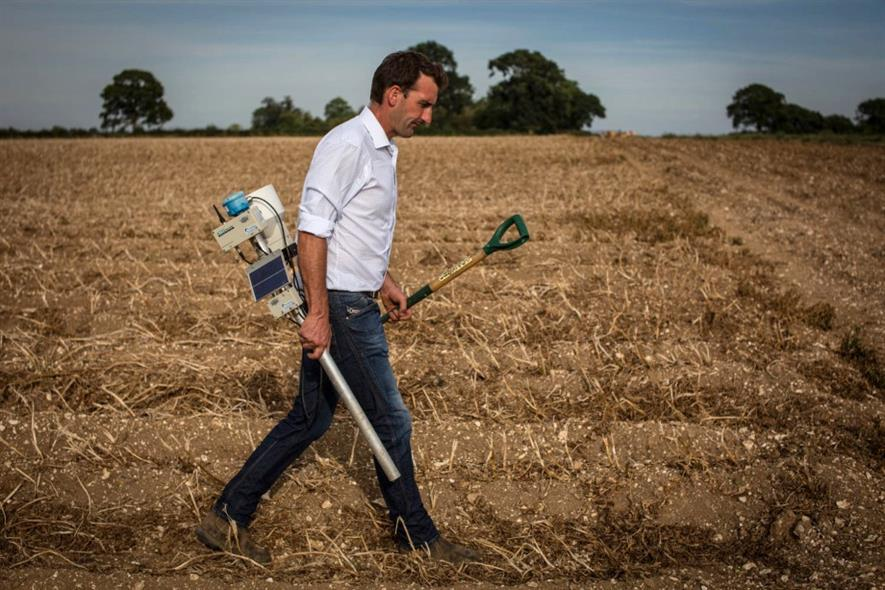 Gavin Janaway holding I-crop probe - image: PepsiCo