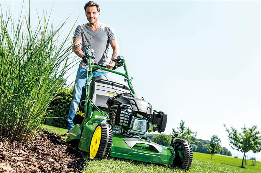 John Deere R54RKB lawnmower - image: ©Deere & Company