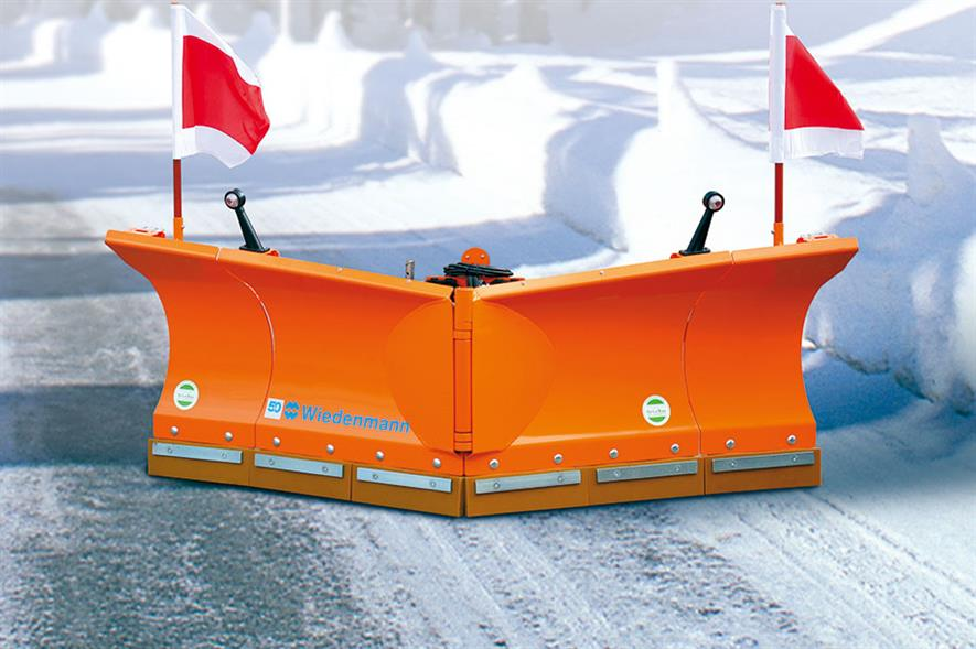 Wiedenmann: firm offers Vario Flex snow blade for heavy-duty winter operations - image: Wiedenmann