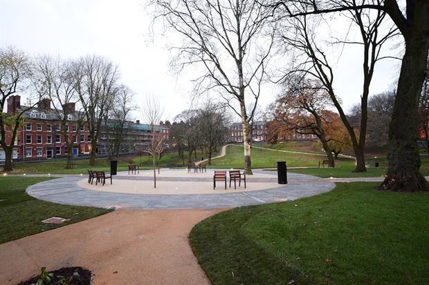 Winckley Square Gardens in Preston - image: Barton Grange Landscapes
