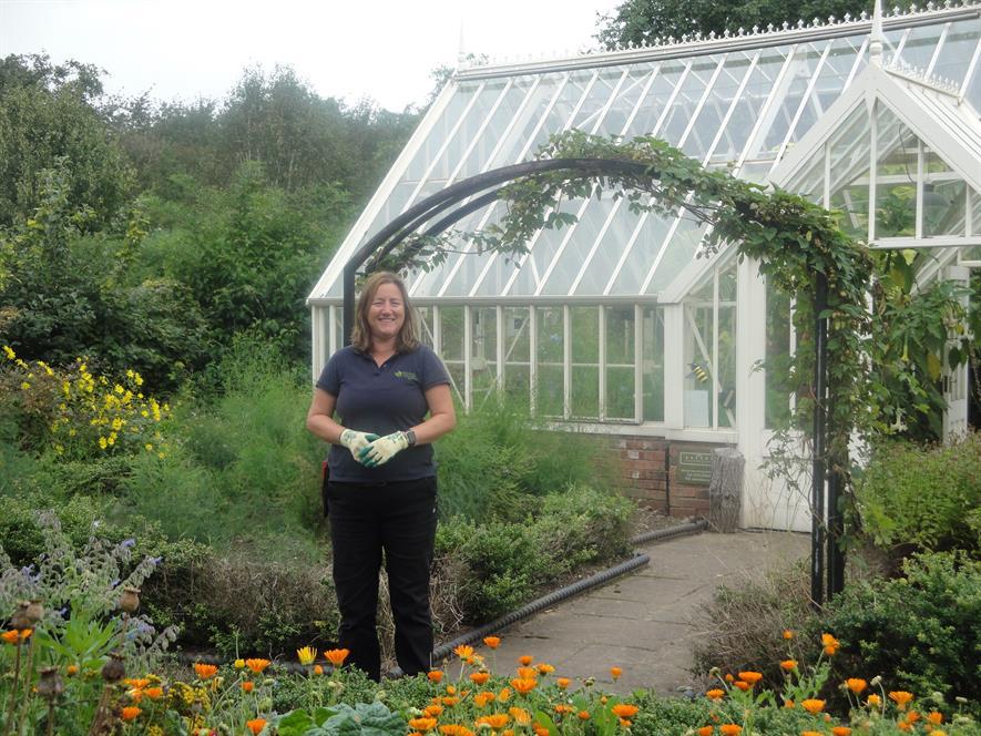 Hannah O'Neil, head gardener