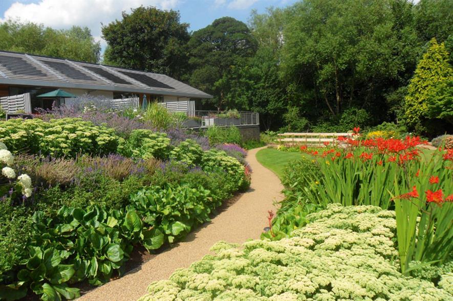 Community & Schools Development - Grace Landscapes Kirkwood Hospice, Huddersfield WF14