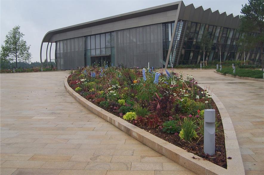 Grounds Maintenance: Limited Public Access - Nurture Landscapes Wellcome Trust, Genome Campus