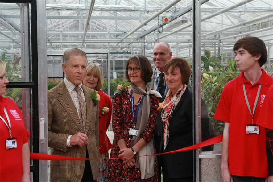 L-R: Edward Fox, Joanna David, Head of Horticulture Joanna Jeffery, head Gardener Nigel Hewish, Principal Clare Davison, with Horticulture students either side.