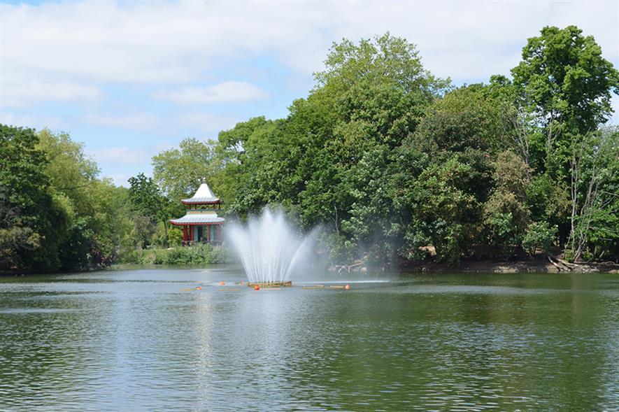 Victoria Park, London - image: FlickR/eGuideTravel