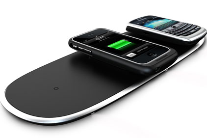 Portable: Powermat charges mobiles