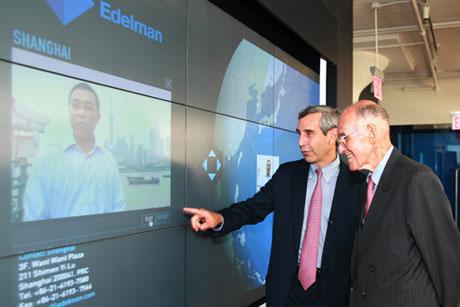 Daniel J. Edelman (right) and son Richard: Founder of Edelman