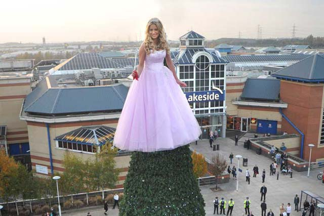 Live PR Event Award winner: Lakeside Shopping Centre 'Lakeside's Living Christmas Fairy' with Clairon Communications
