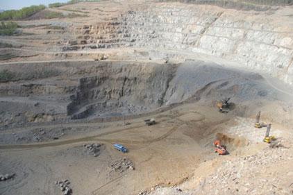 Mining: Severstal recruits comms support