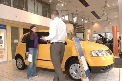 Car sales: down 25 per cent in first four months of 2009