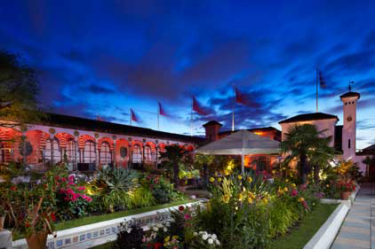 Kensington Roof Gardens: stays with incumbent