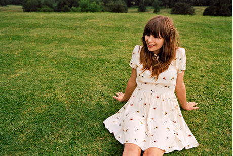 Summer Sets On The Beach: Gabrielle Aplin to perform