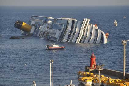 Costa crash: at least six people have died