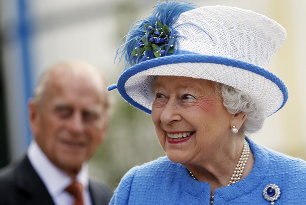 The Queen: Time to say sorry? (Credit: Danny Lawson/PA Wire/Press Association Images)