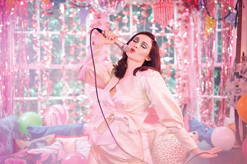 Sophie Ellis-Bextor fronts Very.co.uk's latest campaign