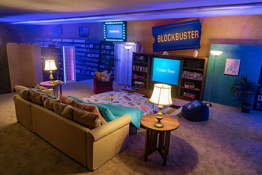 Four guests will be able to stay in the last Blockbuster store on Earth.