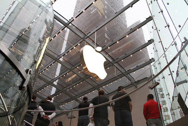 Apple: A store in New York (Credit: Matt Buchanan via Flickr)