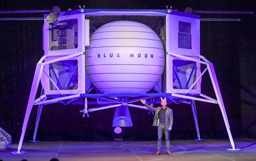 Jeff Bezos unveils Blue Origin's moon lander last May. (Photo credit: Getty Images)