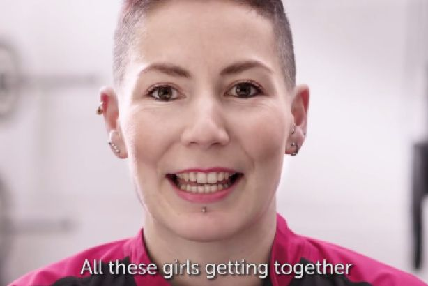 Race for Life: Cancer Research launches 2016 social campaign