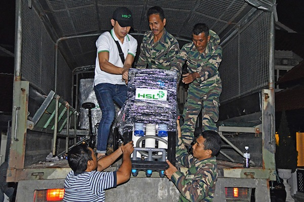 The CCF providing aid during the Kelantan floods (CCF)