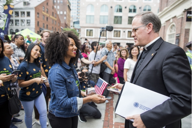 DoubleTree and actress Monique Coleman welcome a newly naturalized U.S. citizen.