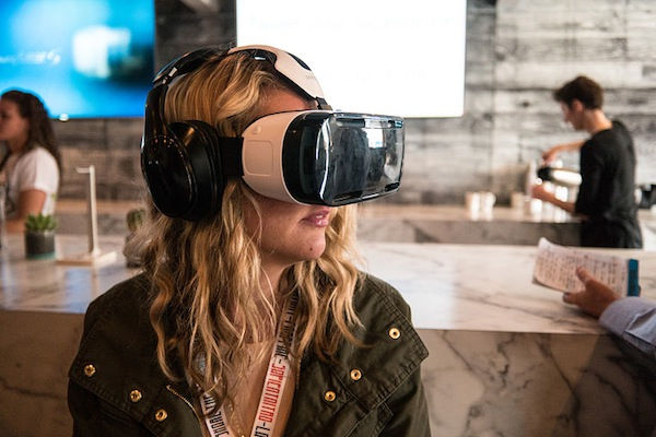 Over a million people used the Samsung Gear VR headset last month. (Nan Palmero/Flickr)