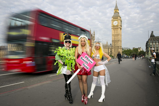 Posing by Parliament: A trio of Gagas