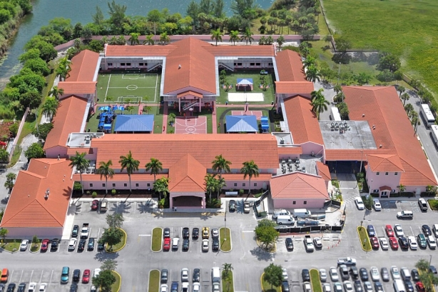 Geo's Broward ICE Transitional Center, visited by senior Edelman staff July 8 (Pic: Geo Group).
