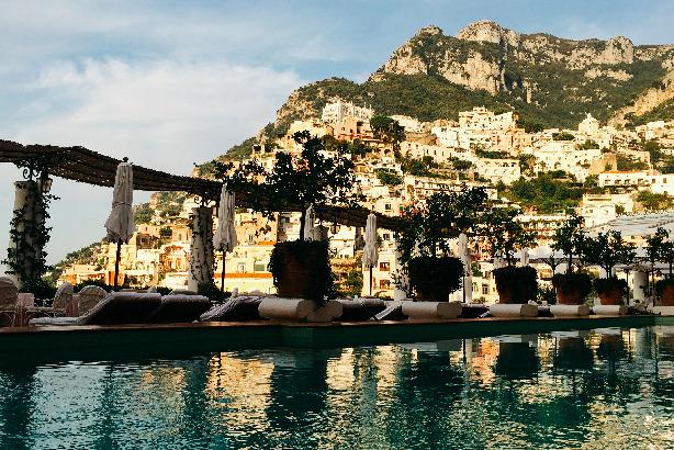 Poolside: Le Sirenuse in Positano, Italy
