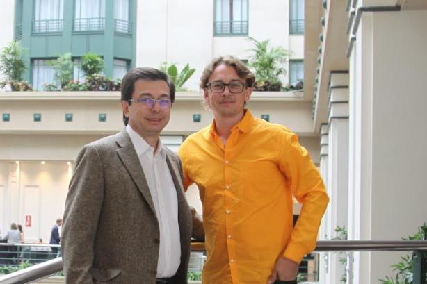 L-R: Vianews' Pedro Cadina and Hotwire's Brendon Craigie