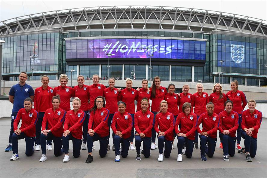 #Lionesses: England women's football team are going for glory in The Netherlands