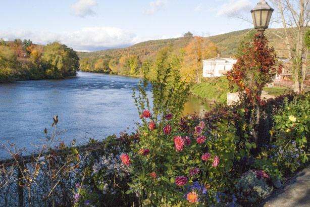 Mohawk River, Massachusetts: part of New England (Credit: Thinkstock)