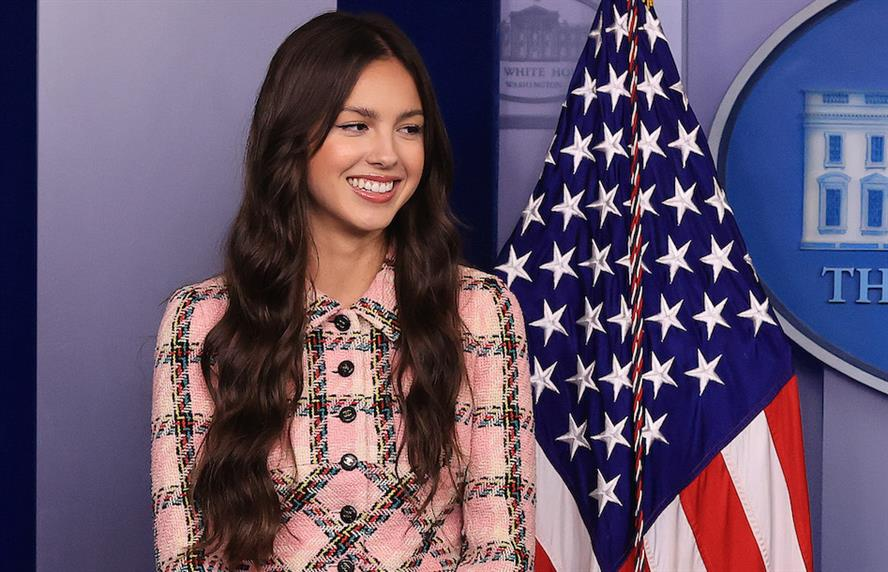 Singer and actress Olivia Rodrigo promoted vaccinations from the White House briefing room. (Photo credit: Getty Images).