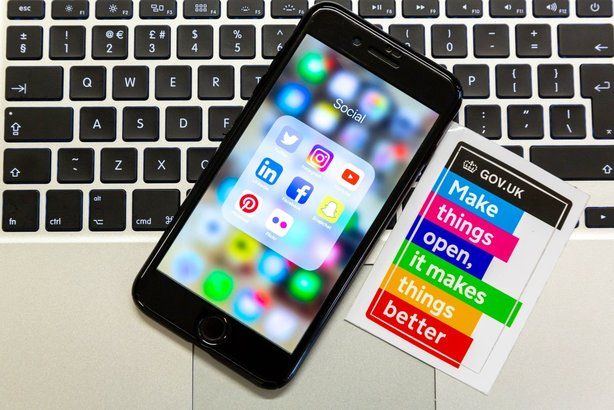 The first step in planning a social-media strategy should be social listening, says GDS