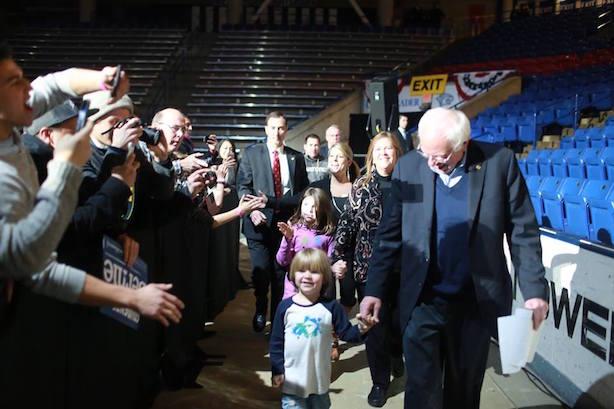 Bernie Sanders campaigns in New Hampshire. (Image via Sanders' Facebook page).
