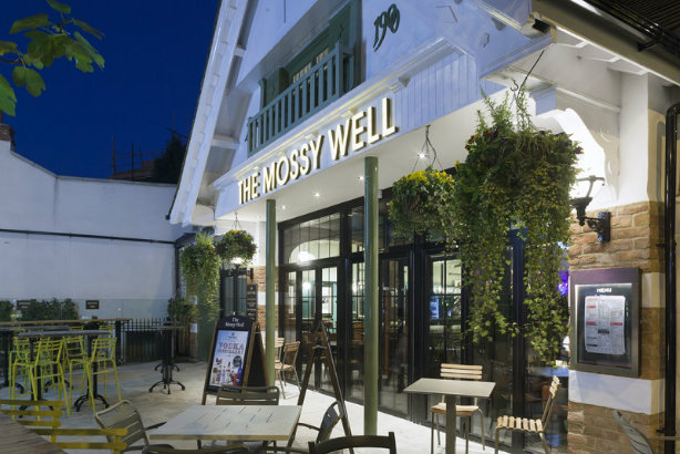 The Mossy Well: A JD Wetherspoon pub in Muswell Hill, north London