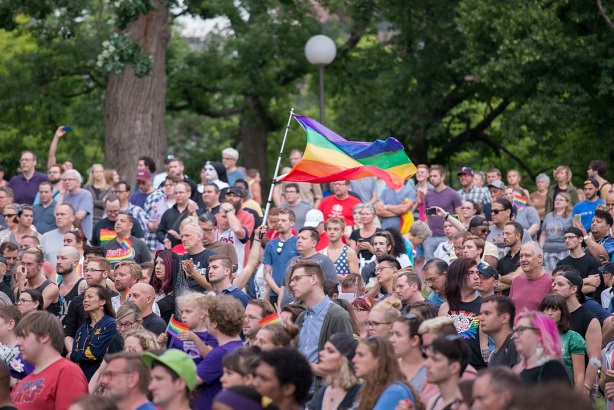 Vigil to unite in the wake of the Orlando Pulse shooting. Image via Fibonacci Blue / Wikimedia Commons. Used under the Creative Commons Attribution 2.0 Generic license. Croped and resized from original