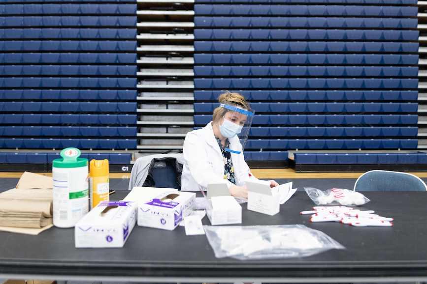 Walgreens staff prepare COVID-19 vaccines in Dayton, Ohio last month. (Photo credit: Getty Images).