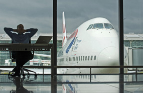Heathrow: study proposes placing four runways immediately to the west of current site