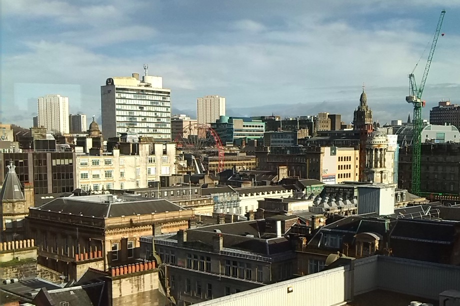 Galsgow skyline - image: Discolover18 / Wikimedia Commons (CC BY-SA 3.0)
