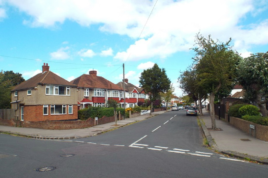 Shirley, Croydon. Pic: Malc McDonald, Geograph.org.uk/p/5089533