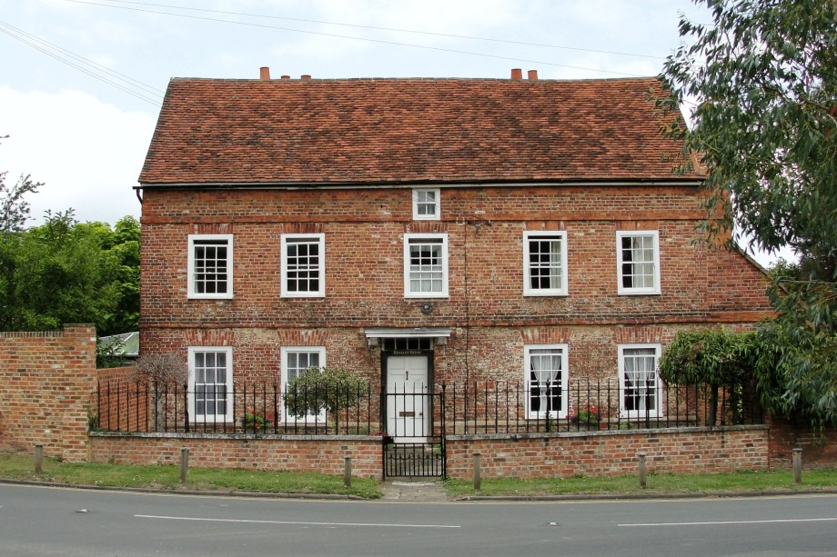A house in Thorpe village - image: Maxwell Hamilton / Flickr (CC BY 2.0)