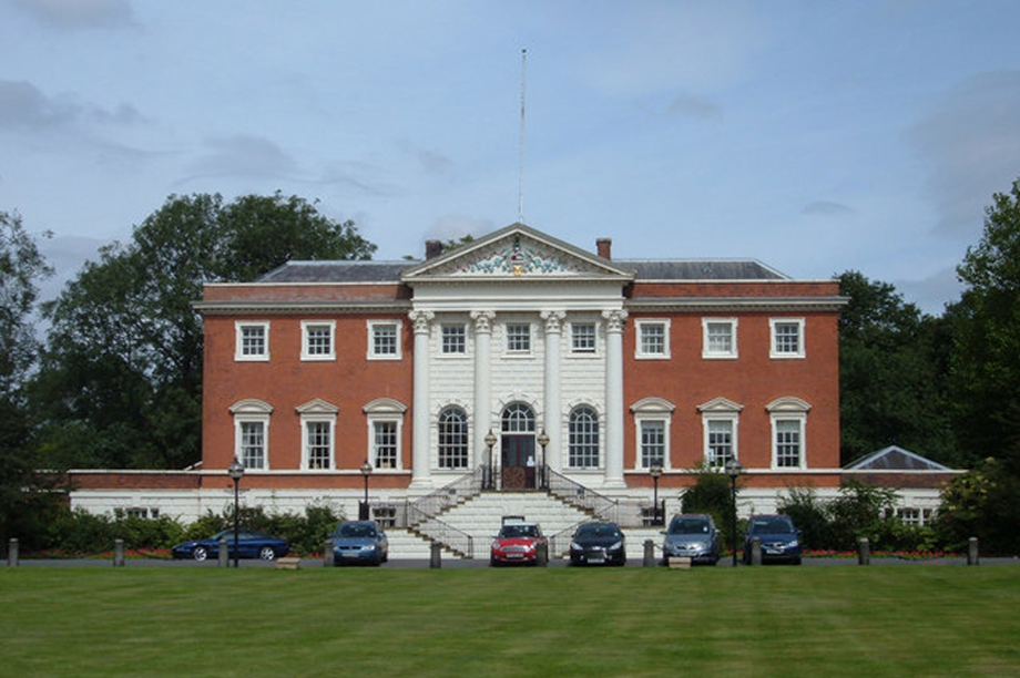 Warrington Town Hall. Pic: Michael Ely, Wikipedia