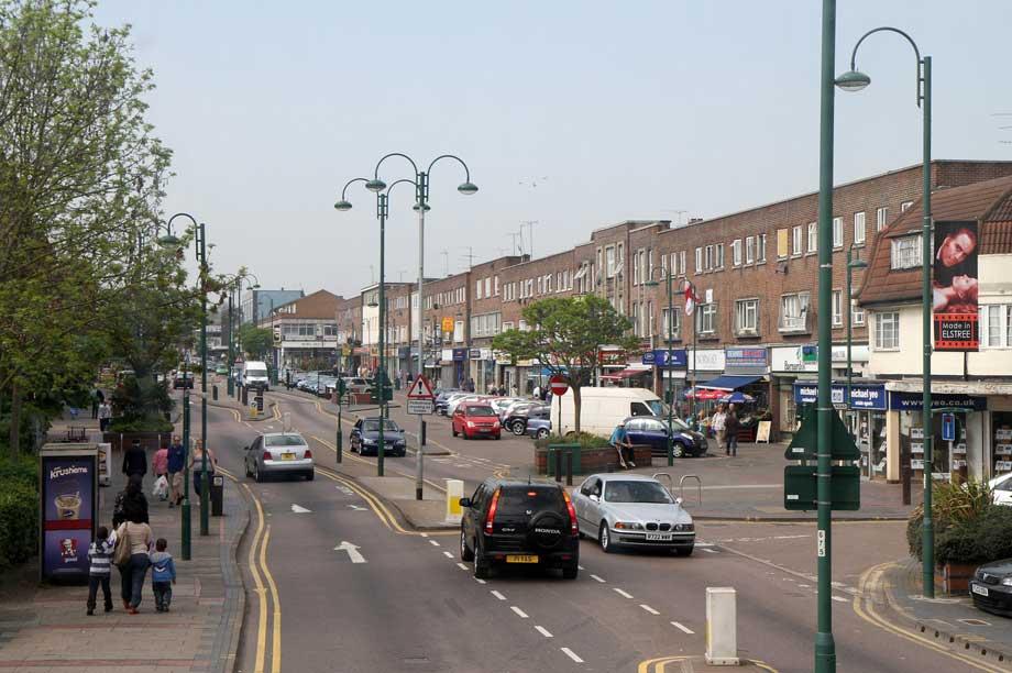 Borehamwood (pic: cc-by-sa/2.0 - © Martin Addison - geograph.org.uk/p/2374362)