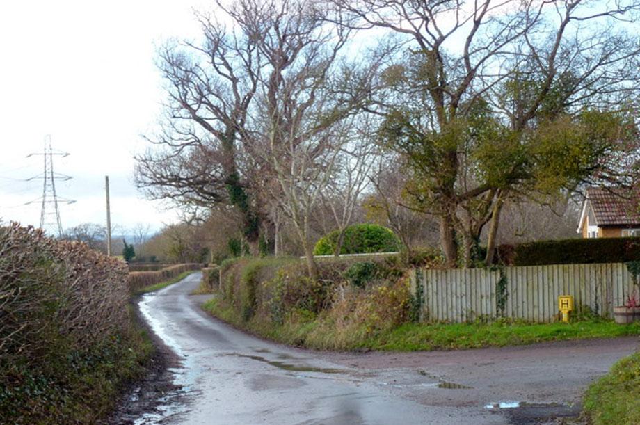 Chargrove Lane, Cheltenham (pic: Jonathan Billinger via Geograph)