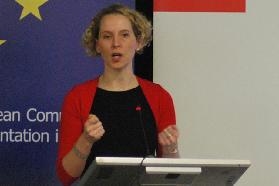Shadow housing minister Emma Reynolds (pic courtesy jonworth-eu via flickr)