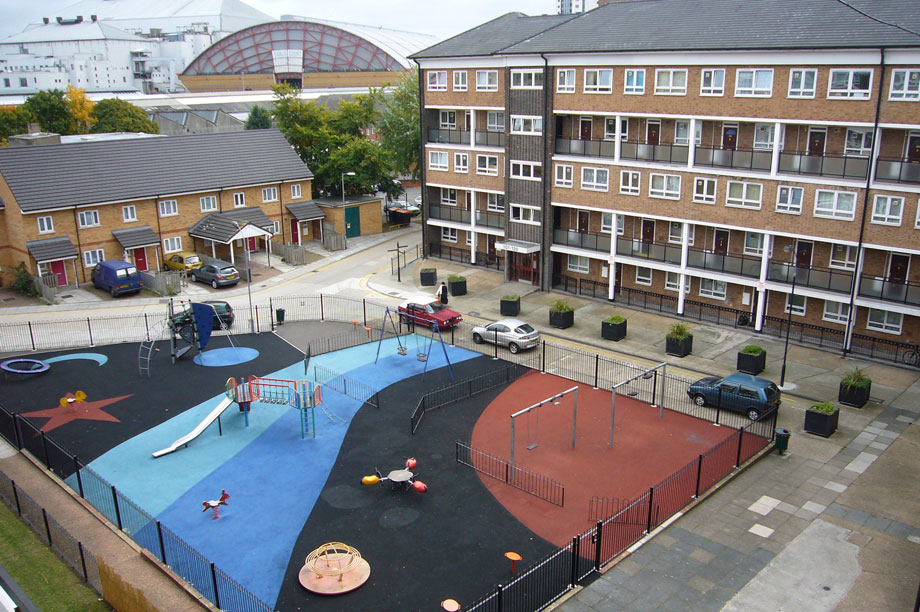 The Gibbs Green estate with the now-demolished Earls Court Exhibition Centre in the background