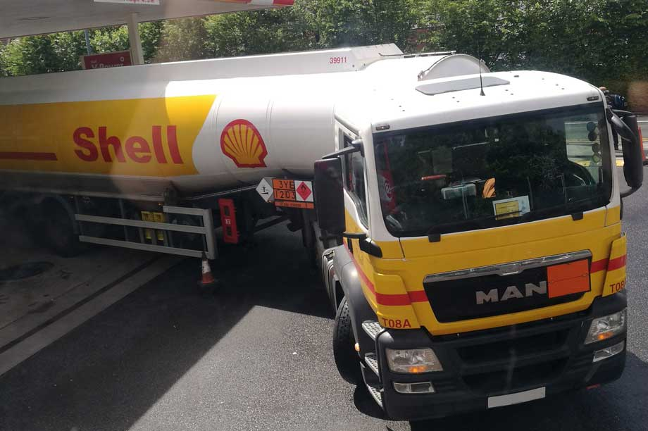 Petrol deliveries: Government urges flexibility in planning enforcement (pic:  Elliott Brown, Flickr, CC BY-SA 2.0)